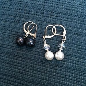 Black and White Pearl Drop Earrings (2 for 1)